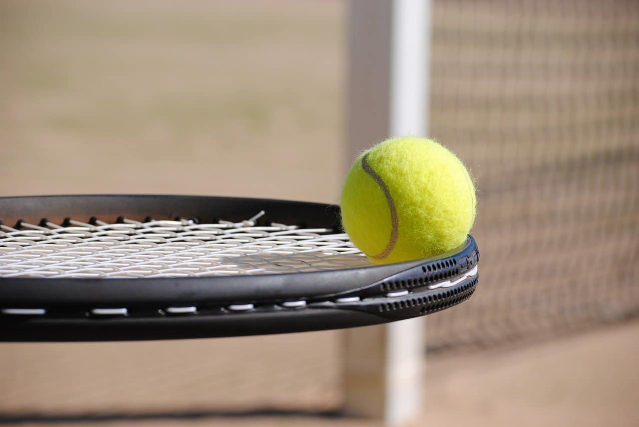 Pro Tennis Career: What Are The Benefits?