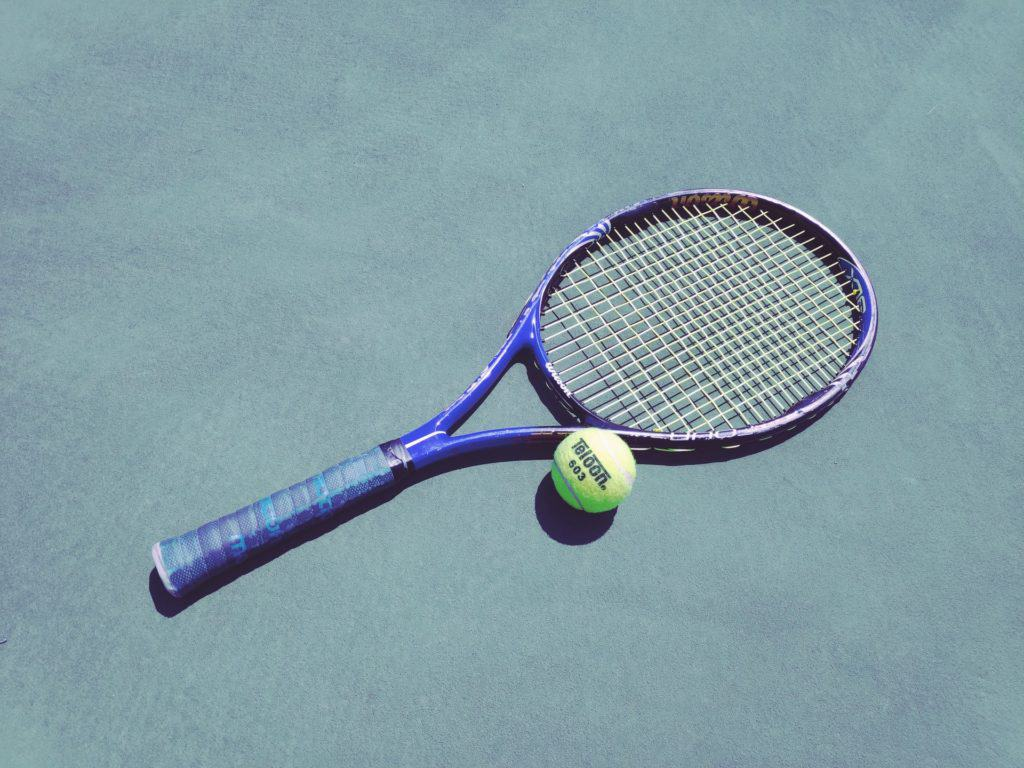 Guides To Buy Your Kids Tennis Racket That You Should Know